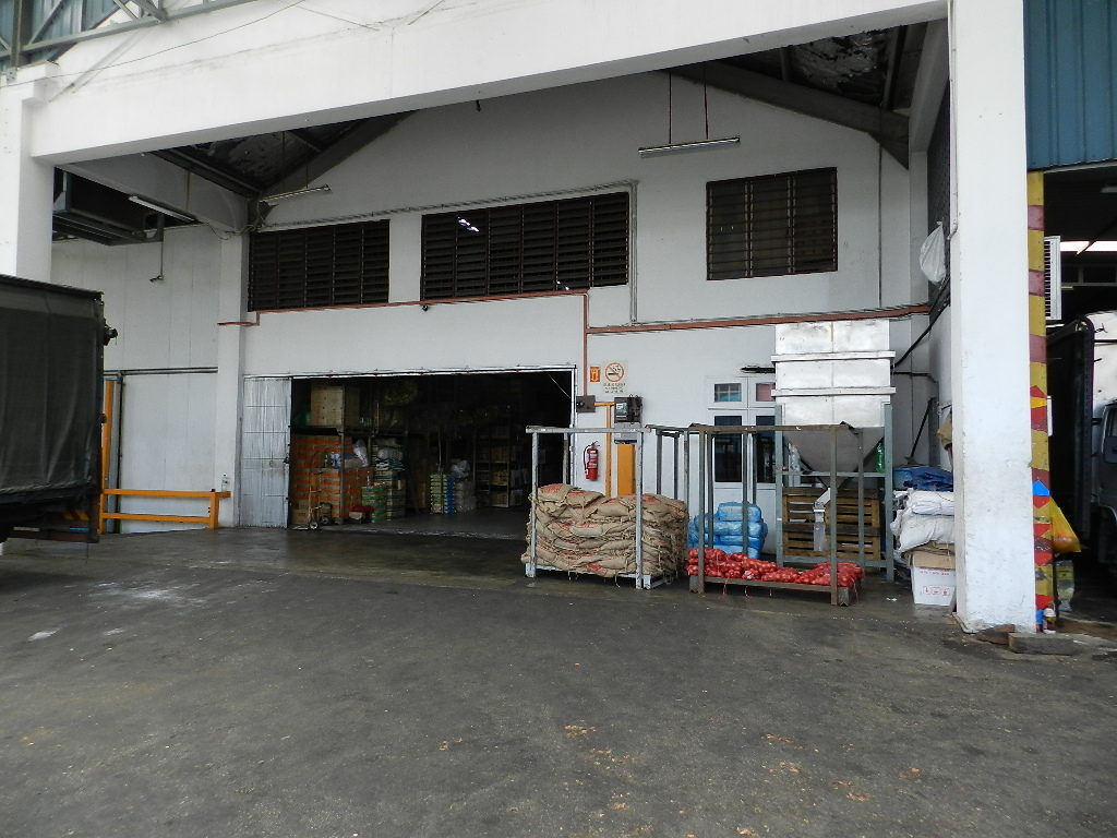 warehouse-no2-main-door-03